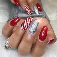 Christmas Gel Nails, Christmas Nail Art Designs, Holiday Nails, Christmas Glitter, Christmas Holiday, Easy Christmas Nail Art, Christmas Lights, Xmas Nail Art, Polish Christmas