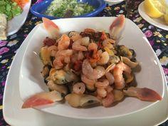 La Pica del Negro Pichilemu - Festival de Mariscos Shrimp, Dishes, Meat, Food, Seafood, Restaurants, Cities, Black, Tablewares