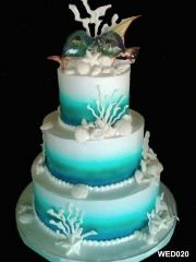 Can't help but to feel like we're under the sea! #weddingcakes #houstonbakery