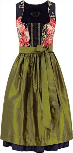 SPORTALM: Dirndl buy at Alm Couture online Oktoberfest Costume, Costumes Couture, Dirndl Dress, German Fashion, Romantic Outfit, Flattering Dresses, Trends, Fashion Today, Historical Clothing