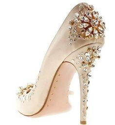Elegant designer shoe