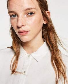 Image 4 of CROPPED SHIRT from Zara