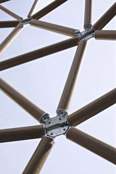 Paper Tubes >> Paper tower, London | Shigeru Ban https://archiscapes.wordpress.com/2014/11/12/shigeru-ban-paper-tube-structures/