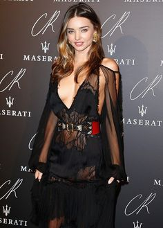 Miranda Kerr - Australian model, best known as one of the Victoria's Secret Angels. Miranda stepped out to celebrate the launch of former French Vogue editor Carine Roitfeld's book. Style Miranda Kerr, Victorias Secret Models, Fashion Books, Paris Fashion, Black Girls Hairstyles, Celebs, Celebrities, Lady, Fashion Models