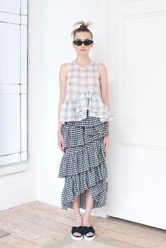 Isa Arfen Spring 2016 Ready-to-Wear Collection Photos - Vogue  Isa Arfen is designed by  Serafina Sama