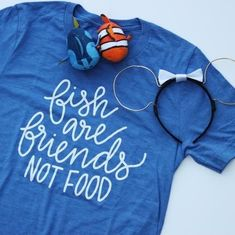 Fish are friends not food, finding nemo, bruce the shark, walt disney world Disney Tees, Disney Diy, Disney Dream, Disney Style, Disney Love, Walt Disney, Cute Disney Shirts, Disney Cruise, Disney Vacations