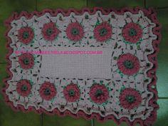 tapete retangular de croche e flores
