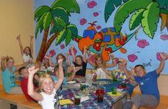 Kindergeburtstag im Haus des Meeres in Wien auf sunny.at Painting, House, Painting Art, Paintings, Painted Canvas, Drawings