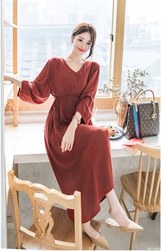 Source by outfits korean Long Skirt Fashion, Korean Fashion Dress, Korean Dress, Muslim Fashion, Korean Outfits, Modest Fashion, Asian Fashion, Fashion Dresses, Casual Dress Outfits