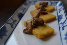 Rettangolini di taragna fritta ai funghi