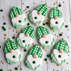 """CUSTOM COOKIE STENCILS on Instagram: """"Cute little gnomes ready for St. Patrick's day! ☘️💚🧡 cookies by @lakesidecookie!  Gnome Cutter: @thesweetdesignsshoppe . . . . . . . #gnome…"""""""