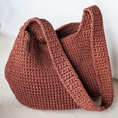 Brick Cross Shoulder Crochet Bag