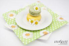 Zelené a žluté makronky - svatební inspirace   ///   Green and yellow macarons - wedding isnpiration