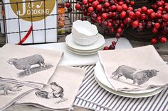 1 Hour Placemats and Napkins Give your dining room an updated French country style when you make these placemates and napkins.