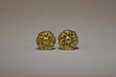 http://www.arte-orientale.com/gioielli-etnici/2222/orecchini-tamang-dorati/ Old #Tamang #earrings