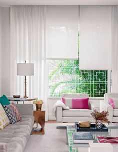 Environments with modern curtains - Decoration, Architecture, Construction, Furniture and decoration, Home Deco Modern Curtains, Curtains With Blinds, Sheer Curtains, Living Room Modern, Home Living Room, Cuisines Design, Style At Home, Home Furniture, Condo