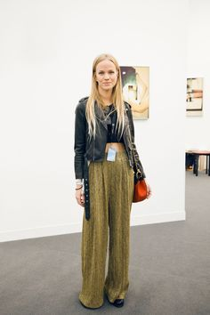 14 Outfits The Minimalist In You Will LOVE  #refinery29  http://www.refinery29.com/2015/10/95862/frieze-london-art-fair-street-style#slide-9  Who says glittery palazzo pants are not minimal? This ensemble proves they're simply stunning....