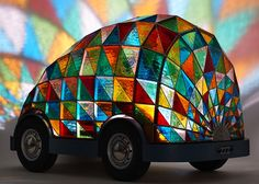 Designer Dominic Wilcox introduced a concept car made almost entirely of stained glass at the just-concluded London Design Festival. The designer's Drive Stained Glass Art, Stained Glass Windows, Mosaic Glass, Durham Cathedral, London Design Festival, Futuristic Cars, Future Car, Glass Design, Art Cars