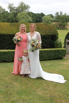 Colonnade Blog :: A Colonnade Wedding! - Colonnade Florist, Tunbridge Wells. Beautiful flowers and gifts delivered locally, nationally or worldwide.