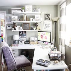 20 Home Office Ideas (Modern Style and Comfortable Functioning from house has come to be more than a fad. Right here are our favored 20 home office concepts that allow you function from house in style. Home Office Space, Home Office Design, Home Office Decor, Office Furniture, Office Designs, Bedroom Office, Small Office, At Home Office Ideas, Feminine Office Decor