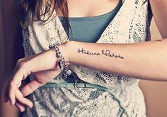 47 Trendy Tattoo Small Disney Hakuna Matata - 47 Trendy Tattoo Small Disney Hakuna Matata You are in the right place about 47 Trendy Tatto - Diy Tattoo, Tattoo Fonts, Mini Tattoos, Trendy Tattoos, Small Tattoos, Tattoo Girls, Sister Tattoos, Mermaid Tattoos, Feather Tattoos