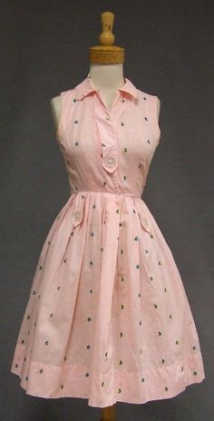 Vintage 50s dress  Wendy Wood 1950s dress  gorgeous floral ...