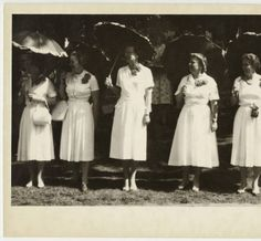 Five members of the Class of including Doris (Critchett) Rainey, at their reunion :: Archives & Special Collections Digital Images Bridesmaid Dresses, Wedding Dresses, Dory, Digital Image, 1920s, Archive, Collections, Fashion, Bridesmade Dresses