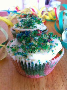 Zenzero e caffè: Rainbow cupcakes per un carnevale coloratissimo!