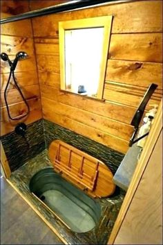Nomads Nest Tiny House Cabin bathroom tiny homes Married Couple's 276 Sq. Gooseneck Tiny House Nomads Nest Tiny House Cabin bathroom tiny homes Married Couple's 276 Sq. Best Tiny House, Modern Tiny House, Tiny House Cabin, Tiny House Plans, Tiny House Design, Japanese Tiny House, Tiny House Bathtub, Small Bathtub, Corner Bathtub