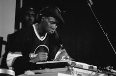 Read a guide to Grandmaster Flash compiled by London club crew, Applebum. www.dummymag.com