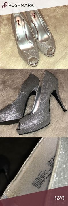 Silver Sparkly heels peep toe cute shoes. good for prom. great condition Shoes Heels