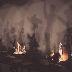 Proyeccion de Sombras en el Pompidou instagram.com/enrisanz/ www.enrisanz.com
