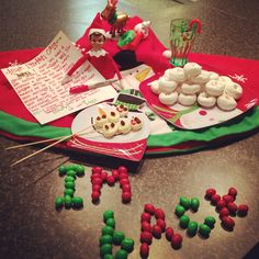 "Elf on the shelf, North Pole breakfast -candy ""I'm back"" message"