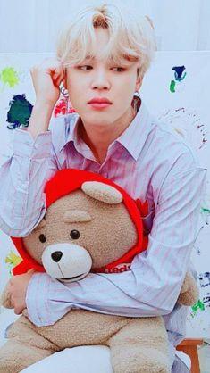 he's soo perfect Foto Bts, Bts Photo, Bts Jimin, Bts Bangtan Boy, K Wallpaper, Jimin Wallpaper, Park Ji Min, Jikook, Bts Memes