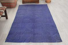 Turkish rug, 4.3 x 7.3 ft., navy blue rug, vintage rug, over dyed rug, area rug, oversized rug, bohemian rug, floor rug, living room rug by Rugshine on Etsy Blue Rugs, Rugs In Living Room, Rug Making, Floor Rugs, Vintage Rugs, Bohemian Rug, Area Rugs, Navy Blue, Flooring
