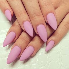 19 Spring Nail Art Ideas to Spruce Up Your Palms