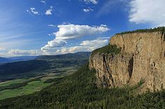 the Enderby Cliffs gonna hike this Walkabout, Summer Bucket Lists, Old Houses, Hiking, Activities, Explore, World, Places, Water