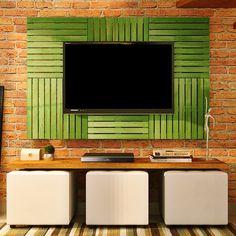 Quer uma ideia nova para a sua sala de estar? A gente tem um painel de deck colorido incrível! Tem amarelo, vermelho e azul, olha no site!