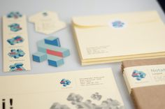 Interesante muestra de gráfica personal. Fantastic Graphic Design Portfolio by Mikael Fløysand, a Designer from Norway.