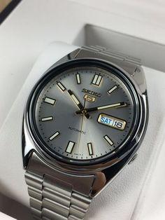 Seiko 5 Watches, Seiko Automatic Watches, Vintage Seiko Watches, Timex Watches, Watches For Men Unique, Modern Watches, Stylish Watches, Luxury Watches For Men, Cool Watches