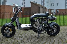 FATTSPEED DRZ 400 LAMBRETTA - RocketGarage - Cafe Racer Magazine