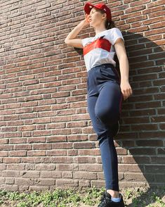 Streetstyle Jimm Fr Red Blue Rood Blauw Honkbalpet Sting Veramoda Streetstyle J Street Style Fashion Red And Blue