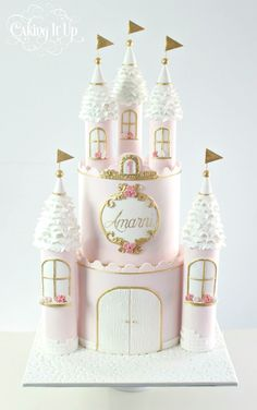 beautiful castle cake for a princess theme