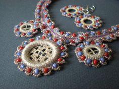 pretty #beaded #crochet #necklace