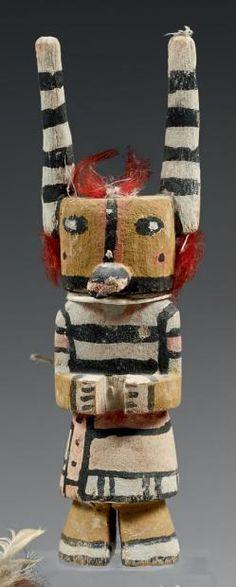Kachina aux cornes élancées Hopi, Arizona, U.S.A. Bois, pigments, laine