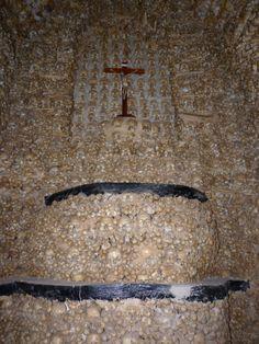 Capela dos Ossos.