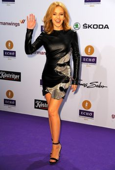 Shakira's Self-Titled Album Expected to Debut at Number Two: Photo Shakira and Kylie Minogue both walk the purple carpet at the 2014 Echo Music Awards held on Thursday (March in Berlin, Germany. Also in attendance was rising… Melbourne, Kylie Minigue, Shakira Photos, Shakira Mebarak, Dannii Minogue, Barefoot Girls, Victoria, Hollywood, Female Singers