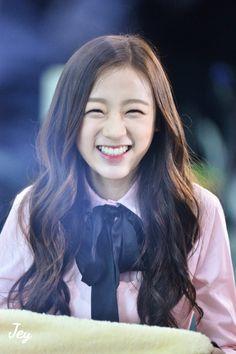 FY!APRIL ✨ South Korean Girls, Korean Girl Groups, Dsp Media, Korean Celebrities, Kpop Girls, Ulzzang, Rapper, Idol, Actors