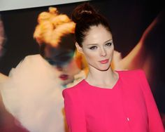 Coco Rocha's cat eye makeup is spectacular, don't cha think?