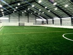 Indoor Soccer tips, tricks, and skills to help you play better… Soccer Drills, Soccer Tips, Soccer Games, Play Soccer, Best Football Players, Good Soccer Players, Football Stadiums, Indoor Soccer Field, Arena Football